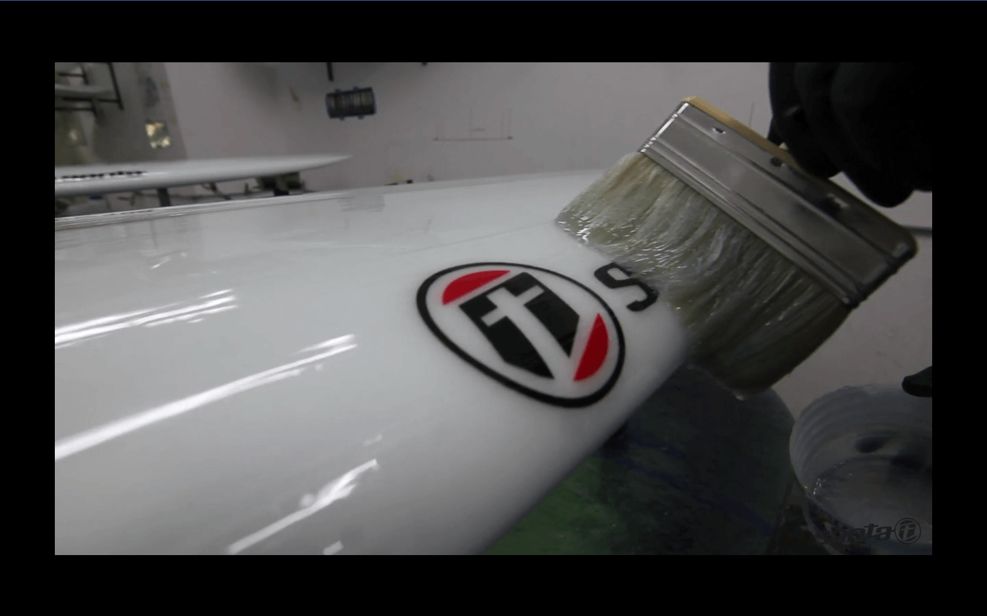 Video: Surfboards factory by La Santa Surf 1