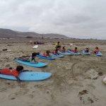 Ya han empezado los cursos de verano de surf para niños 5