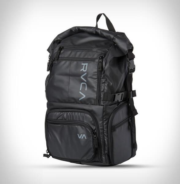 RVCA Zak Noyle Camera Bag II (Black) 3